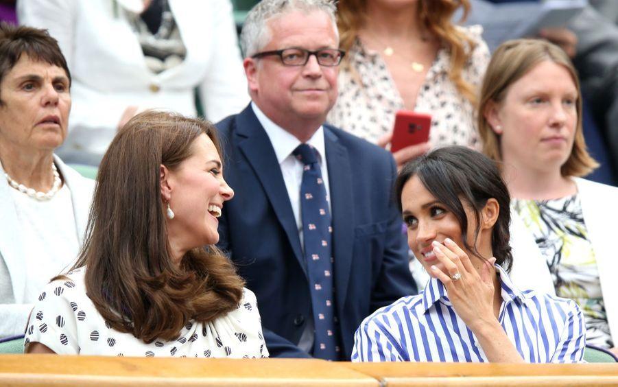 Kate Et Meghan Réunies À Wimbledon Pour La Finale Dames ( 26
