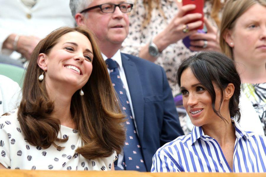 Kate Et Meghan Réunies À Wimbledon Pour La Finale Dames ( 27