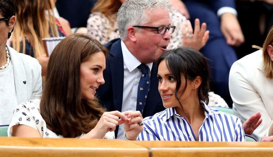 Kate Et Meghan Réunies À Wimbledon Pour La Finale Dames ( 32