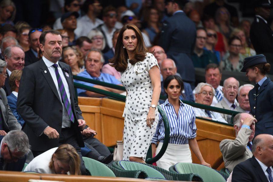 Kate Et Meghan Réunies À Wimbledon Pour La Finale Dames ( 9