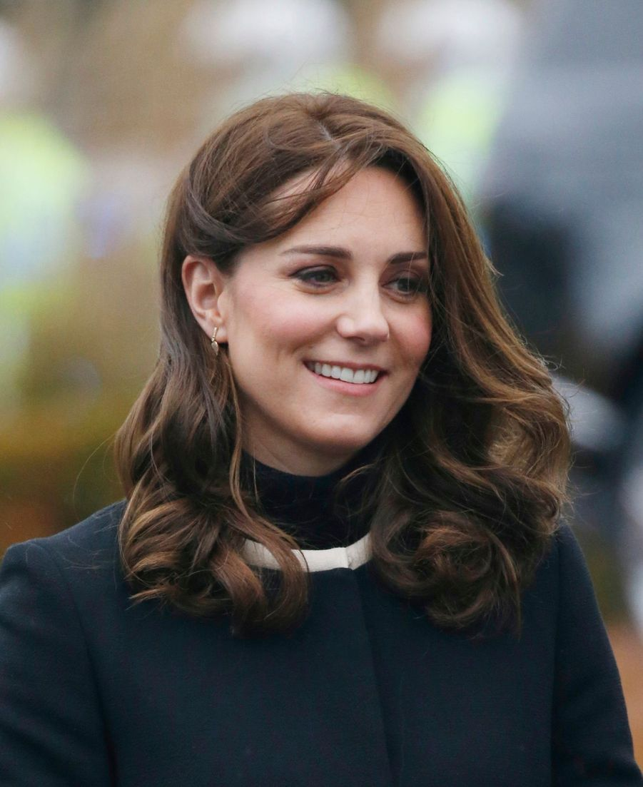 Kate Middleton Et Le Prince William À L'usine Jaguar Land Rover De Solihull 4