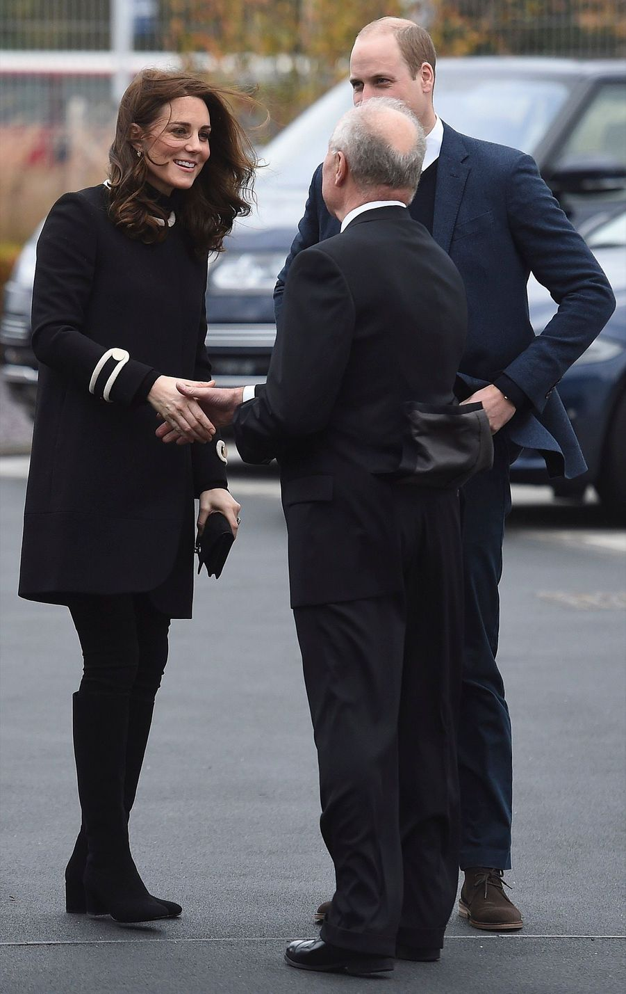 Kate Middleton Et Le Prince William À L'usine Jaguar Land Rover De Solihull 6
