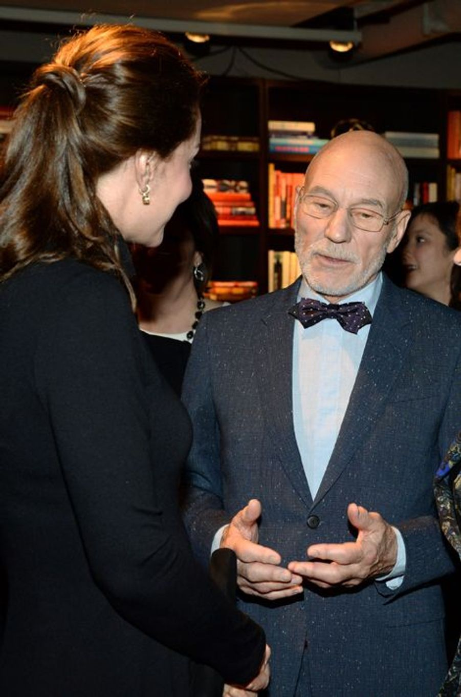 Kate avec l'acteur Patrick Stewart à New York, le 9 décembre 2014