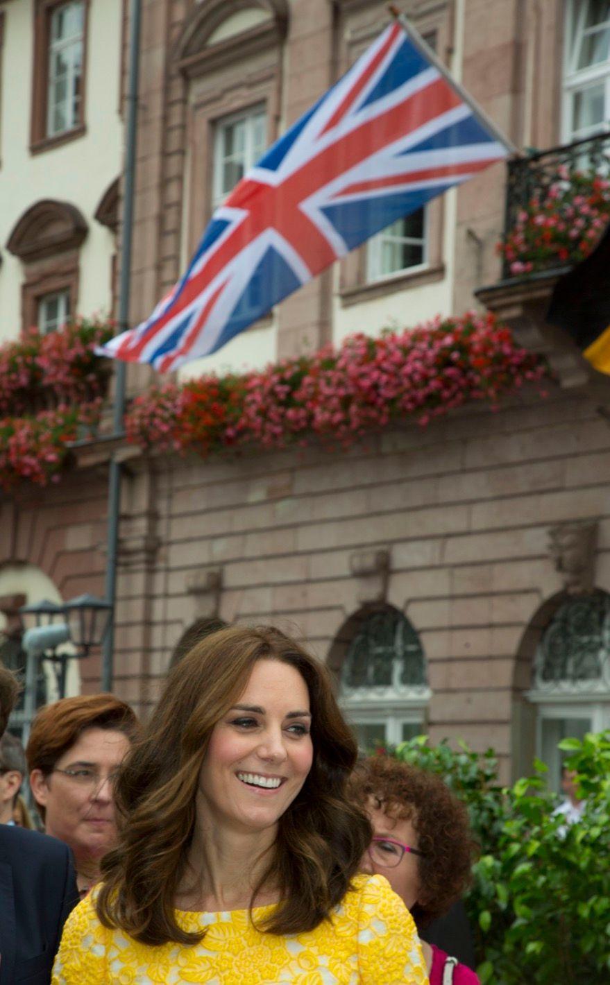 Kate Middleton Et Le Prince William En Visite Au Marché Central De Heidelberg, En Allemagne 27