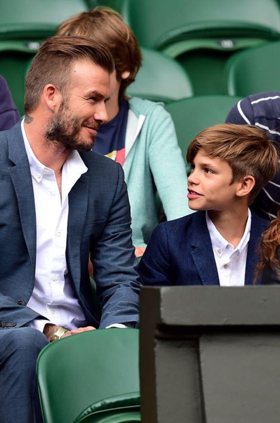David Beckham et son fils Romeo à Wimbledon, le 8 juillet 2015