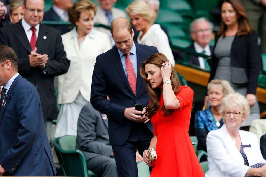 Le prince William et Kate, avec le prince Albert, à Wimbledon, le 8 juillet 2015