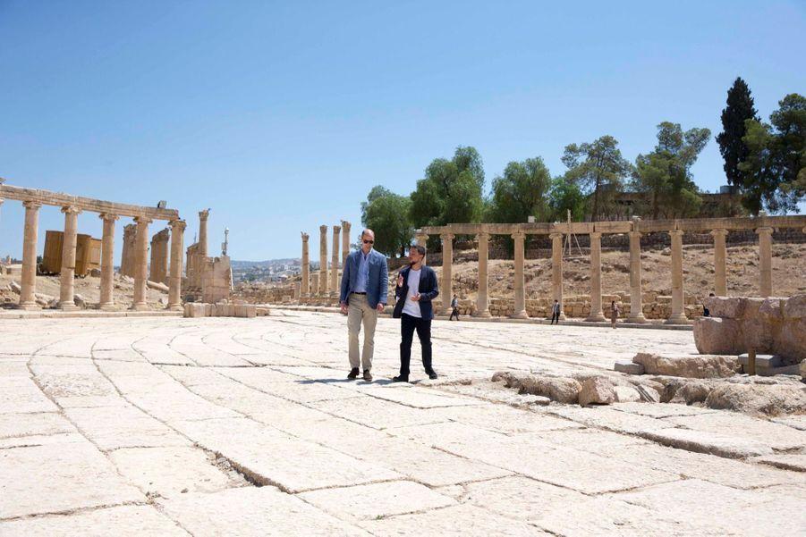Le Prince William Et Le Prince Hussein De Jordanie En Visite Sur Le Site Archéologique De Jerash En Jordanie, Le 25 Juin 2018 ( 12