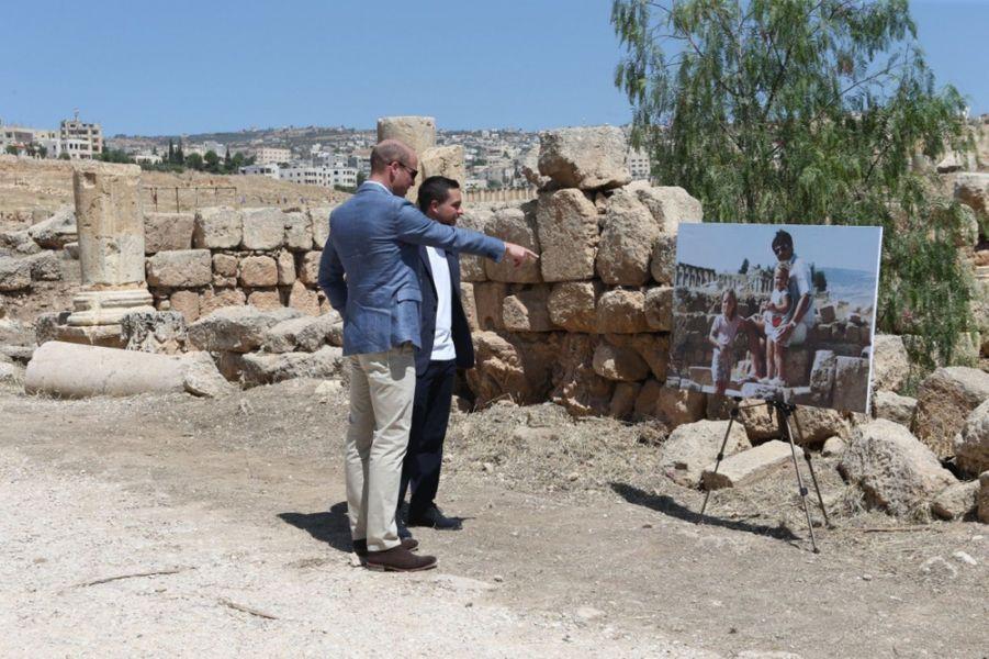 Le Prince William Et Le Prince Hussein De Jordanie En Visite Sur Le Site Archéologique De Jerash En Jordanie, Le 25 Juin 2018 ( 2