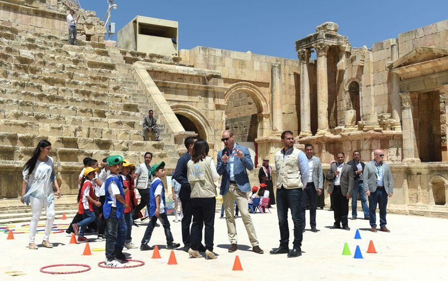 Le Prince William Et Le Prince Hussein De Jordanie En Visite Sur Le Site Archéologique De Jerash En Jordanie, Le 25 Juin 2018 ( 3