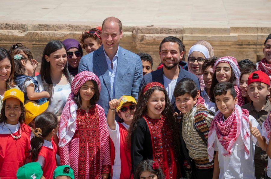 Le Prince William Et Le Prince Hussein De Jordanie En Visite Sur Le Site Archéologique De Jerash En Jordanie, Le 25 Juin 2018 ( 5