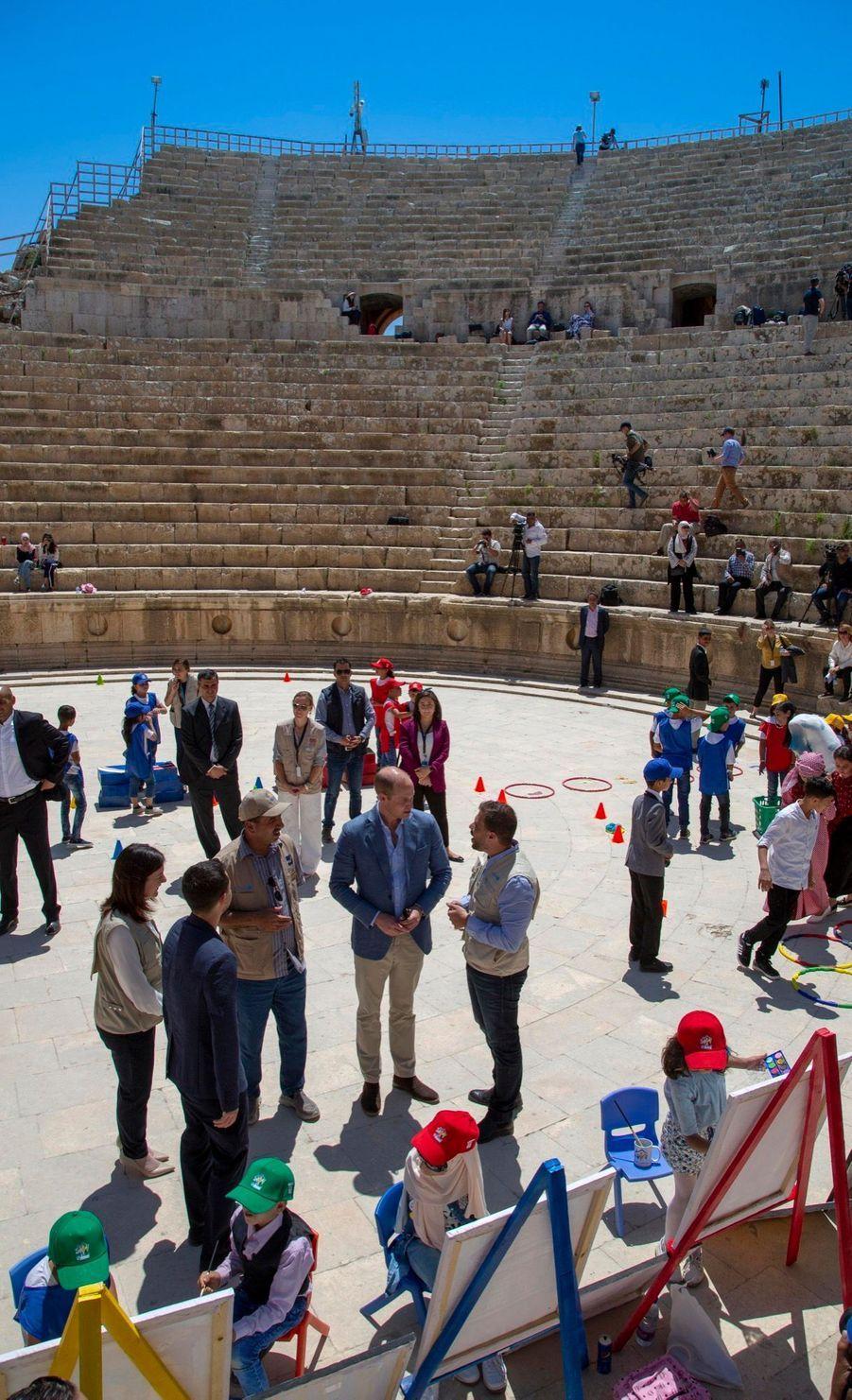 Le Prince William Et Le Prince Hussein De Jordanie En Visite Sur Le Site Archéologique De Jerash En Jordanie, Le 25 Juin 2018 ( 7