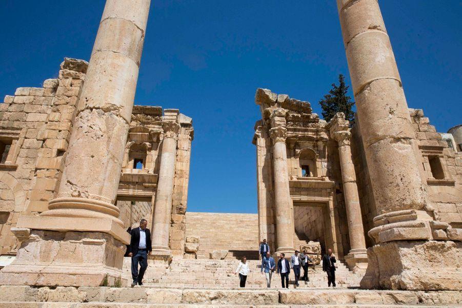 Le Prince William Et Le Prince Hussein De Jordanie En Visite Sur Le Site Archéologique De Jerash En Jordanie, Le 25 Juin 2018 ( 8