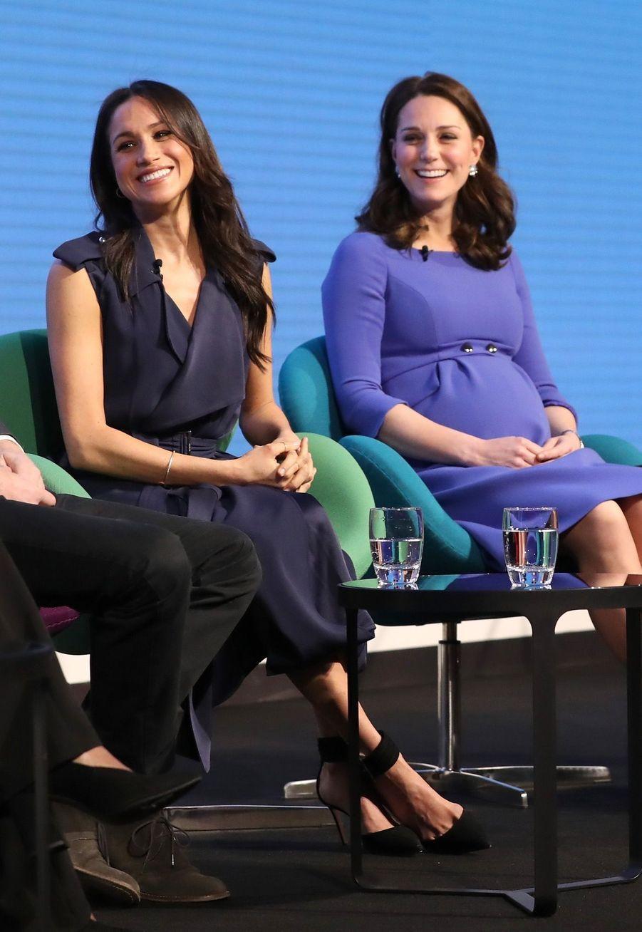 Kate Middleton, Meghan Markle, Harry Et William Lancent Le Premier Forum Annuel De Leur Royal Foundation 17