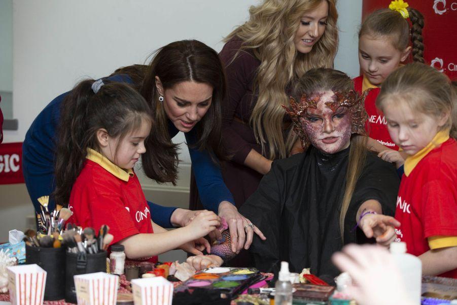 """Kate Middletonen visite au centre """"Braid Arts"""" à Ballymena, le 28 février 2019"""