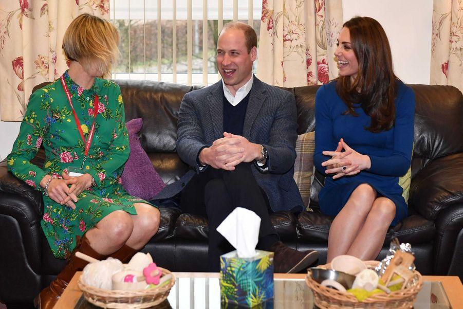 """Le prince William et Kate Middleton en visite au centre """"SureStart Facility"""" à Ballymena, le 28 février 2019"""