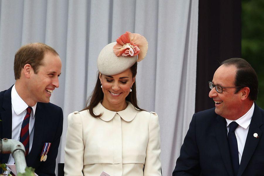 Kate, William et Hollande, entre souvenir et sourires