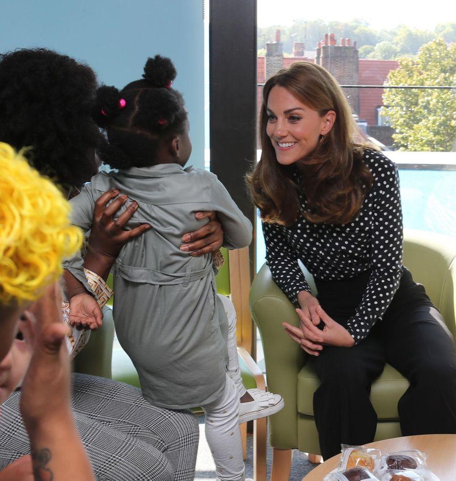 Kate Middleton en visite auau centre de santé et de développement de Sunshine House pour enfants et adolescents