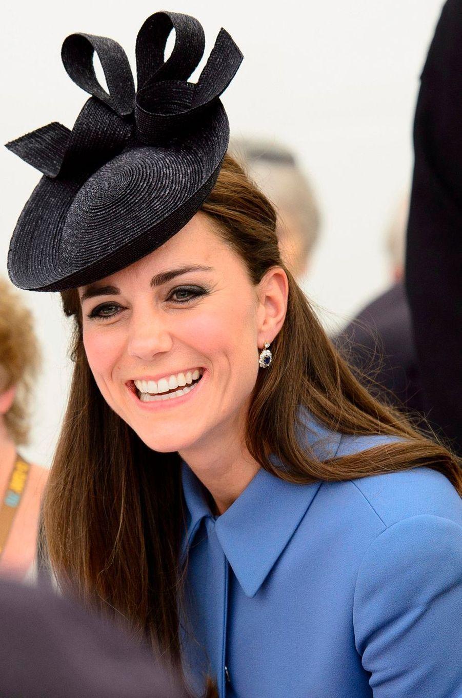 Le bibi de la duchesse de Cambridge, née Kate Middleton, à Arromanches en Normandie le 6 juin 2014