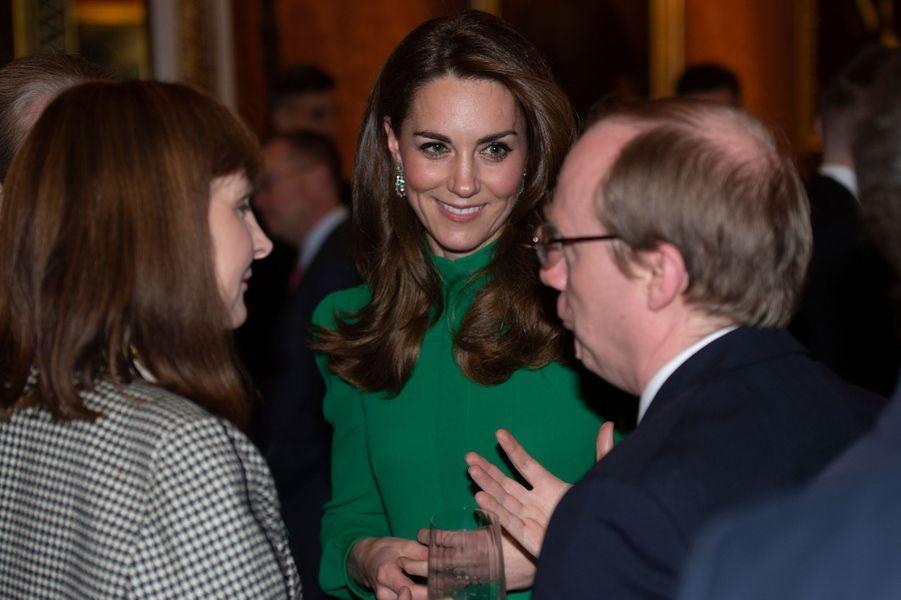 Kate Middletonà la réceptionde la reine Elizabeth II à Buckingham Palace lors du70ème anniversaire du Sommet de l'OTANà Londres le 3 décembre 2019