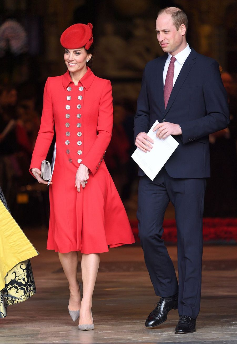 Kate Middleton (en Catherine Walker) au côté du prince William pour la Journée du Commonwealth à l'abbaye de Westminster le 11 mars 2019 à Londres