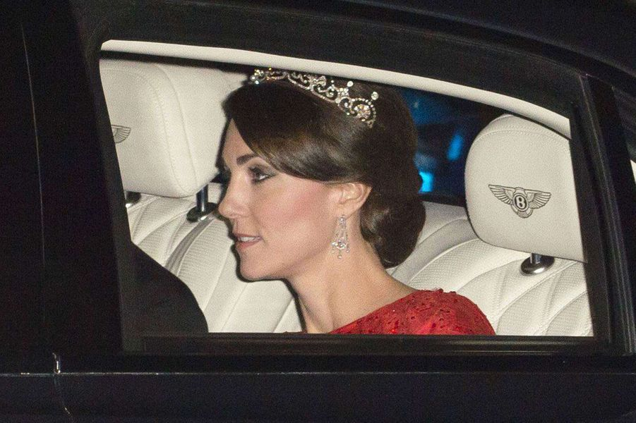 La duchesse de Cambridge Kate arrive à Buckingham Palace, le 20 octobre 2015