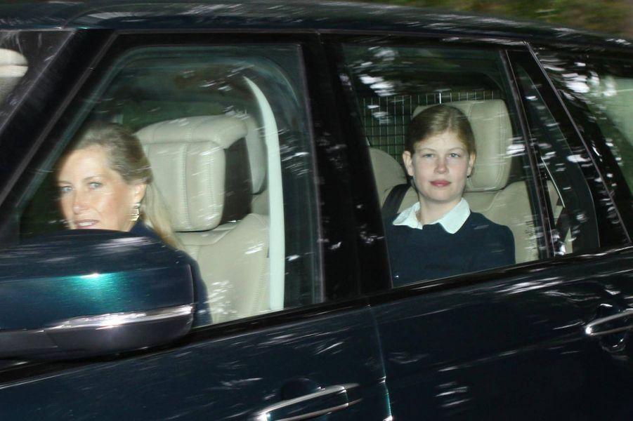 La comtesse Sophie de Wessex et Lady Louise Windsor à Crathie en Ecosse, le12 août 2018