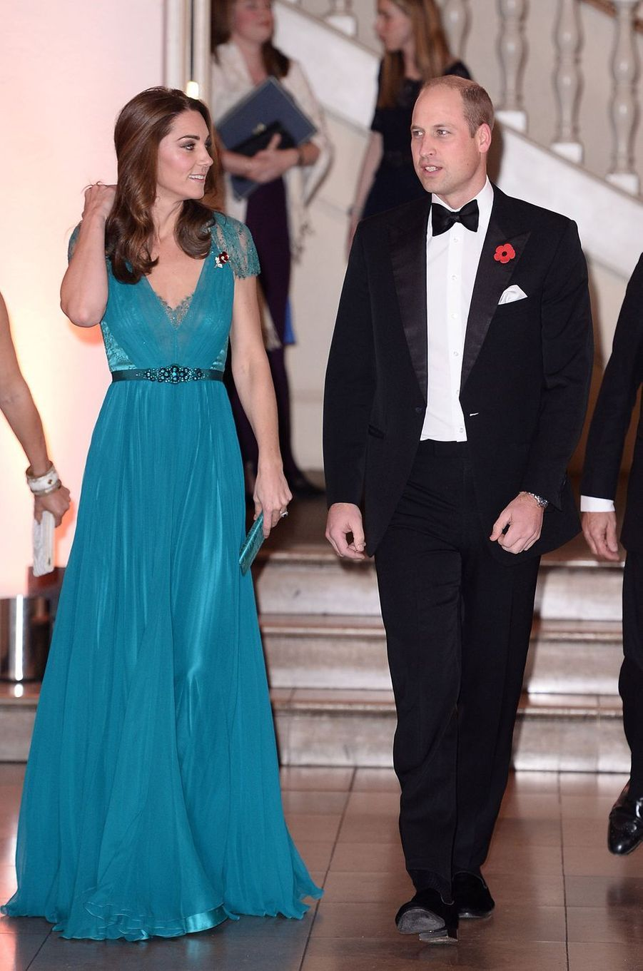 La duchesse Catherine de Cambridge, dans une robe Jenny Packham, et le prince William à Londres, le 9 novembre 2018