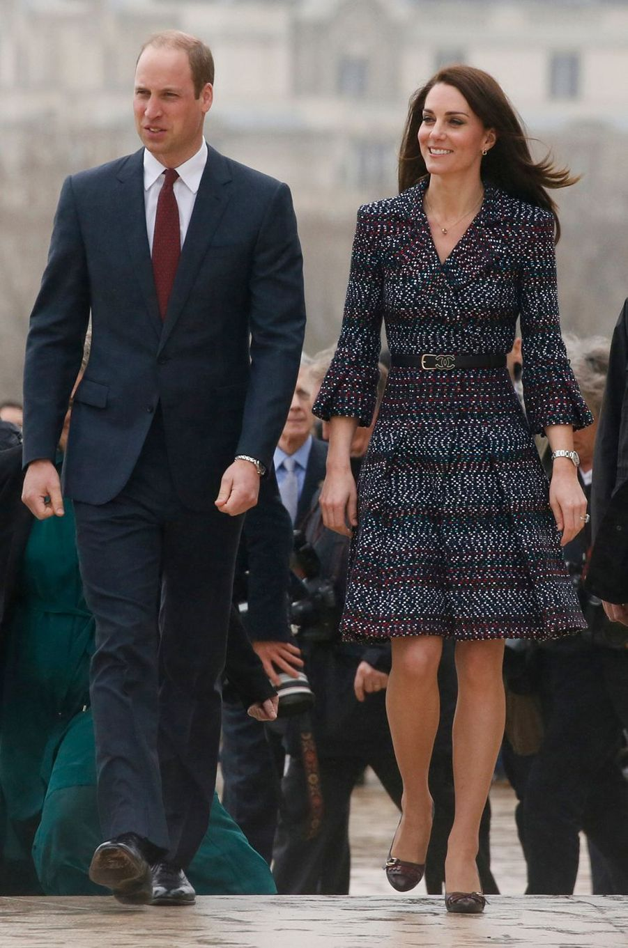 La duchesse de Cambridge, née Kate Middleton, en Chanel à Paris le 18 mars 2017