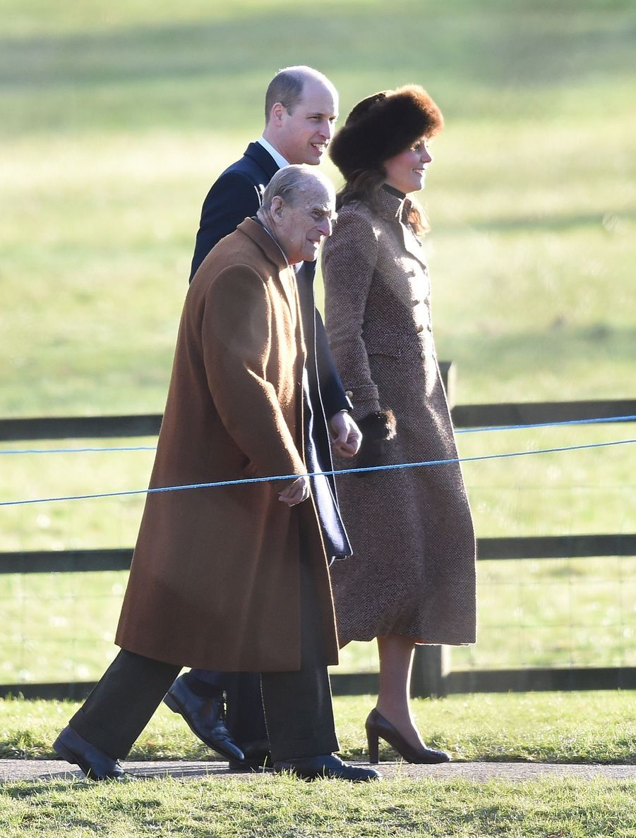 Kate Middleton, Une Messe À Sandringham Avec La Reine, Philip, William Et Pippa 10