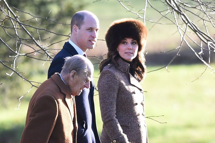 Kate Middleton, Une Messe À Sandringham Avec La Reine, Philip, William Et Pippa 13