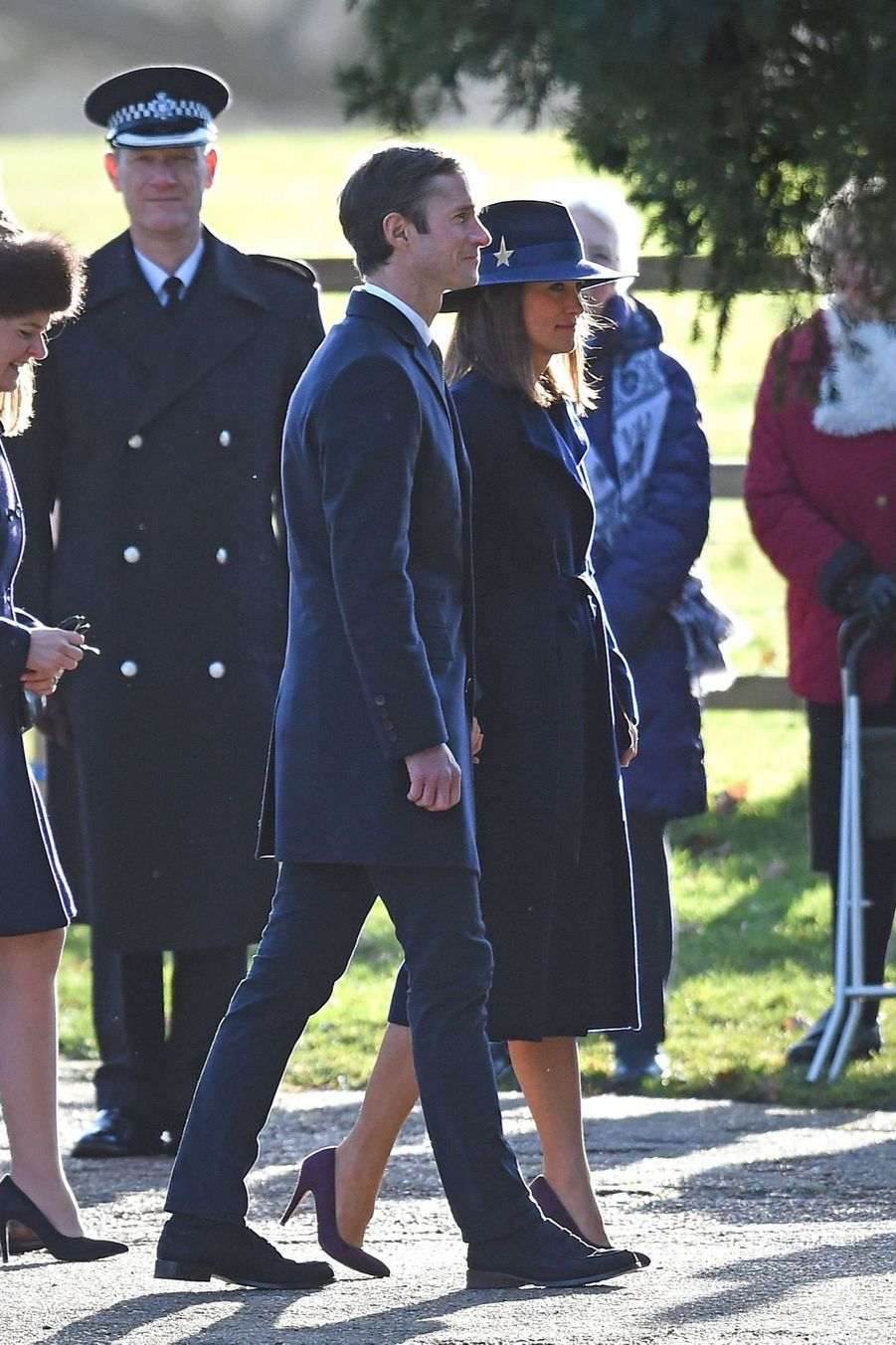 Kate Middleton, Une Messe À Sandringham Avec La Reine, Philip, William Et Pippa 16