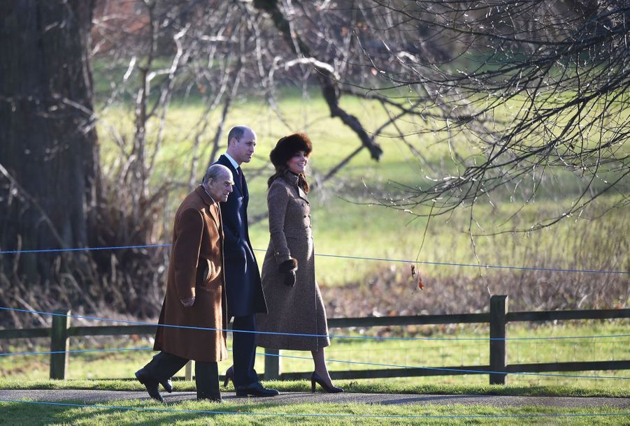 Kate Middleton, Une Messe À Sandringham Avec La Reine, Philip, William Et Pippa 5