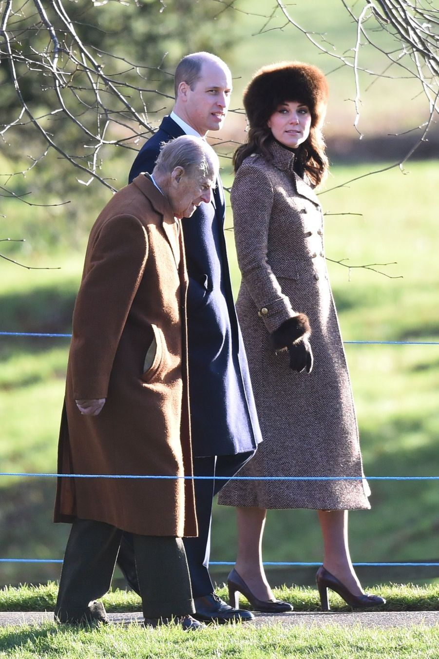 Kate Middleton, Une Messe À Sandringham Avec La Reine, Philip, William Et Pippa 9