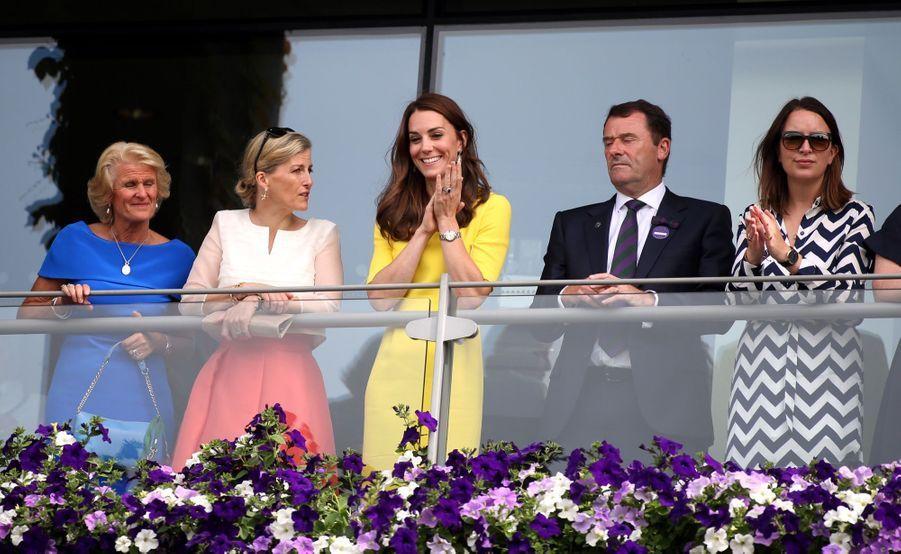 Rebecca Deacon avec Kate Middleton, en juillet 2016