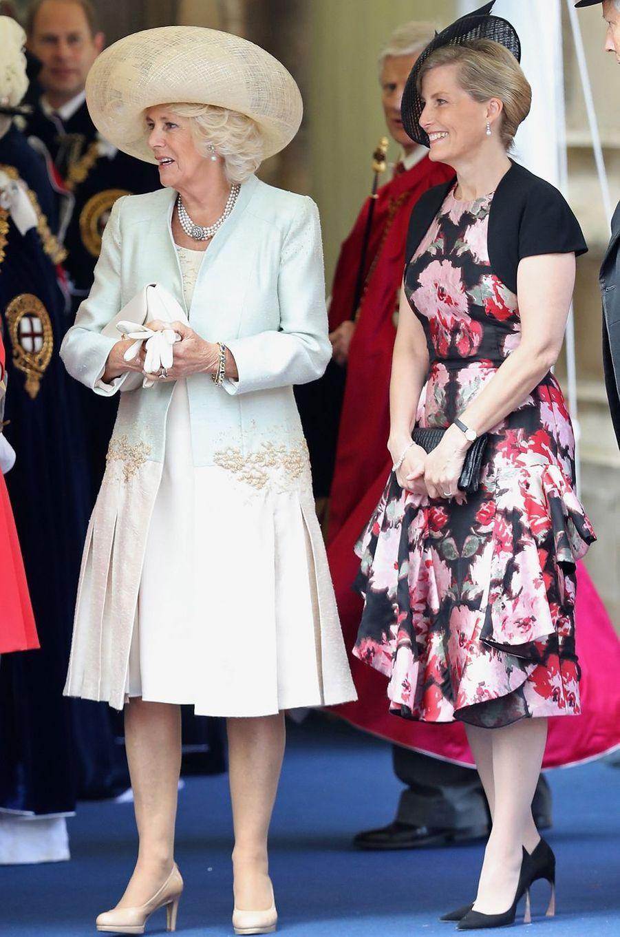 La duchesse de Cornouailles Camilla et la comtesse Sophie de Wessex à Windsor, le 13 juin 2016