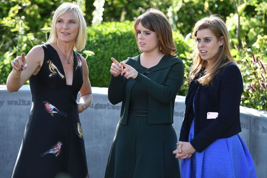 Les princesses Eugenie et Beatrice d'York à Londres, le 22 mai 2017