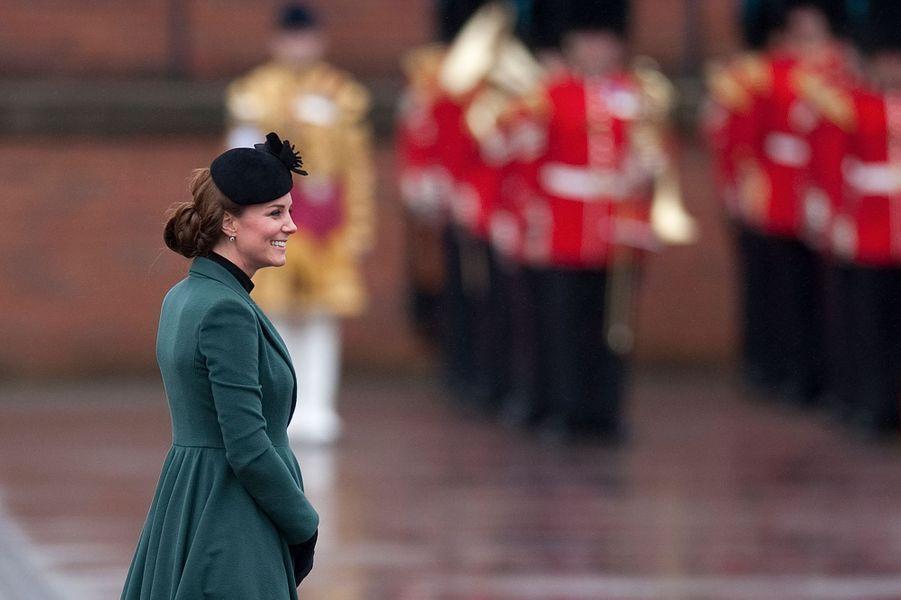 La duchesse de Cambridge, née Kate Middleton, pour la St Patrick à Aldershot, le 17 mars 2013