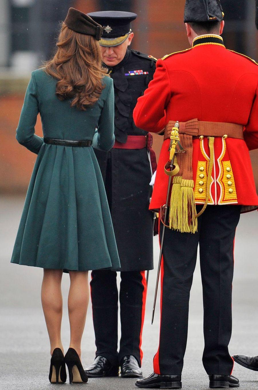 La duchesse de Cambridge, née Kate Middleton, pour la St Patrick à Aldershot, le 17 mars 2012