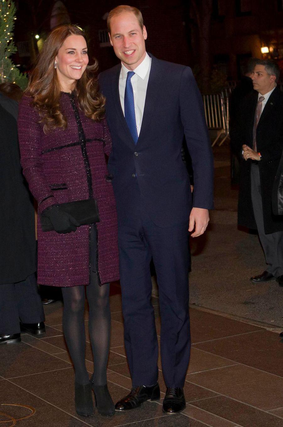 La duchesse de Cambridge dans un manteau Séraphine, le 7 décembre 2014