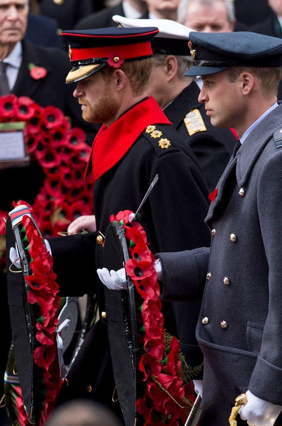 Les princes Harry et William à Londres, le 12 novembre 2017