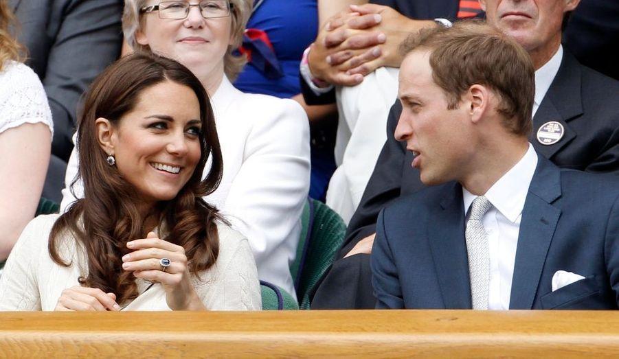 Kate et William - mais aussi Pippa - ont assisté à plusieurs matchs du tournoi de Wimbledon. L'occasion d'un défilé d'élégance très british dans les tribunes...