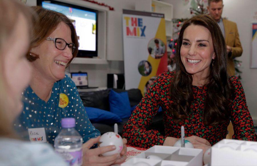 Kate, William Et Harry Fêtent Noël Avant L'heure 13