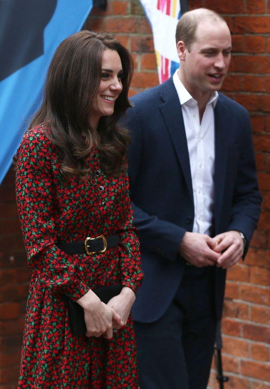 Kate, William Et Harry Fêtent Noël Avant L'heure 23