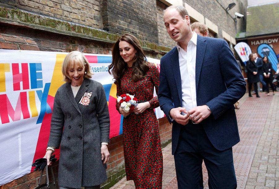 Kate, William Et Harry Fêtent Noël Avant L'heure 32