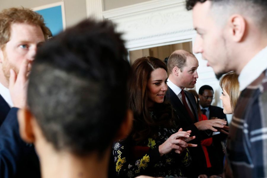 """Kate, William Et Harry Défendent """"Heads Together"""" En Vue Du Marathon De Londres 11"""