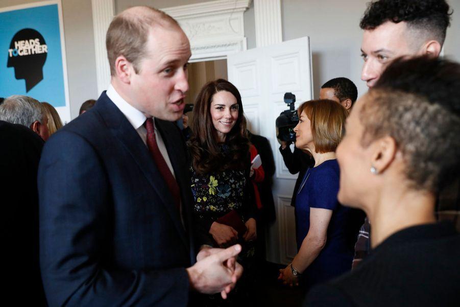 """Kate, William Et Harry Défendent """"Heads Together"""" En Vue Du Marathon De Londres 14"""