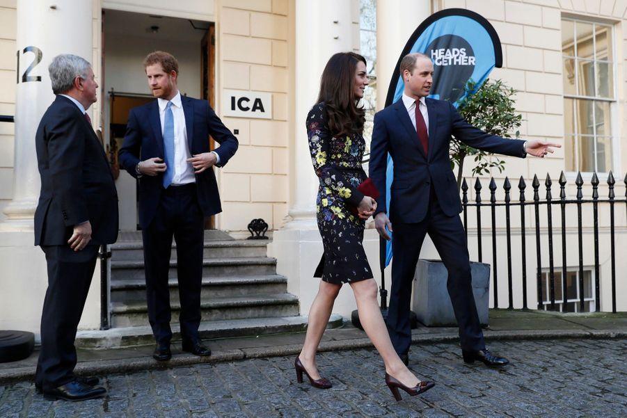 """Kate, William Et Harry Défendent """"Heads Together"""" En Vue Du Marathon De Londres 5"""