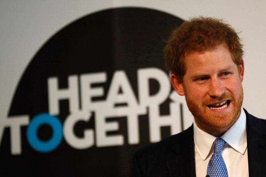 """Kate, William Et Harry Défendent """"Heads Together"""" En Vue Du Marathon De Londres 6"""