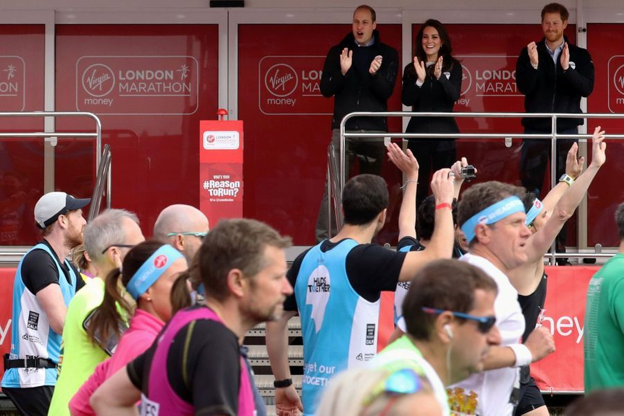 Kate Middleton, Les Princes William Et Harry Au Marathon De Londres, Dimanche 23 Avril 2017 10