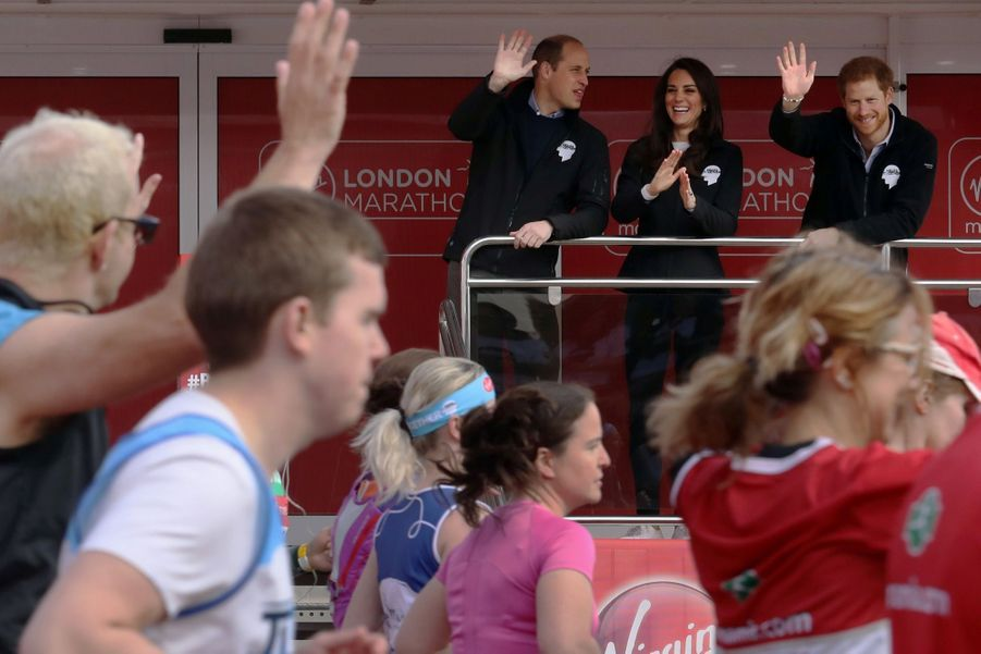 Kate Middleton, Les Princes William Et Harry Au Marathon De Londres, Dimanche 23 Avril 2017 11
